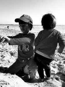 family freeplay at the beach