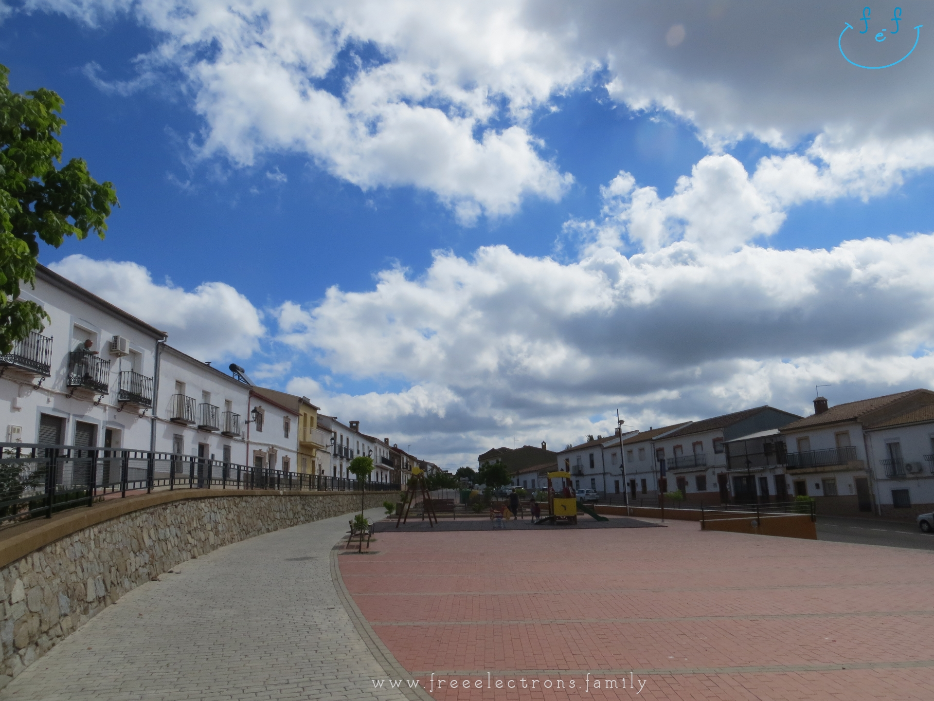 A #FreeElectrons.Family camping road trip Europe I stop in Santa Elena, Jaen, Spain.  Free play at a new playground in the clean sleepy town of Santa Elena.