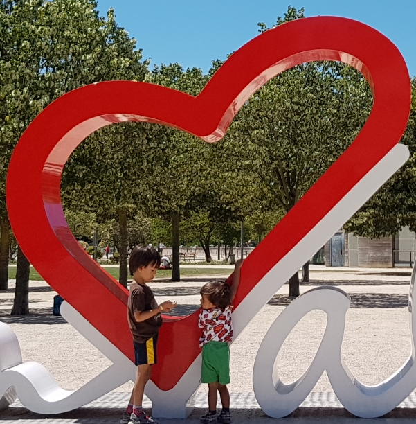 The heart of Valence at the Esplanade du Champ de Mars.  #FreeElectrons.Family - camping road trip Europe, Valence.