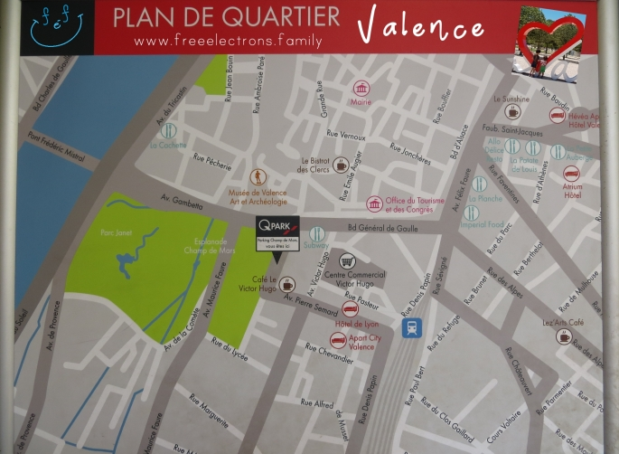 Map of the city center (plan de quartier) of Valence, France.  #FreeElectrons.Family - camping road trip Europe, Valence.