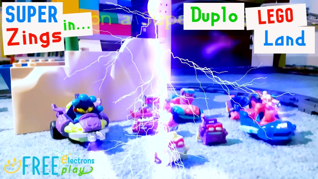 Children's small toys with lightning effects; SuperZings in Lego Duplo Land - Free Electrons FreePlay
